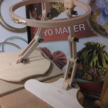 Nurge Jointed Seated Stand